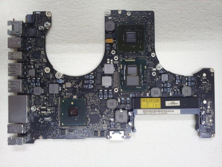 MacBook Pro A1286 820-2850-A i5 Logic Board