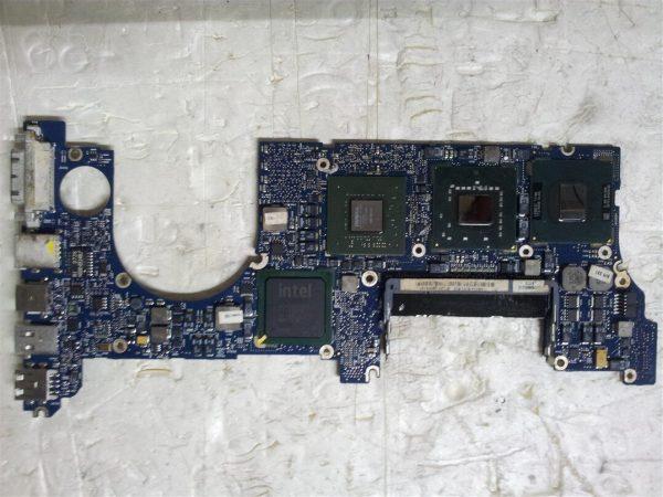 Macbook Pro A1226 820-2101-A Logic Board