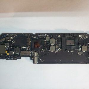 MacBook Air A1465 820-3208-A Logic Board