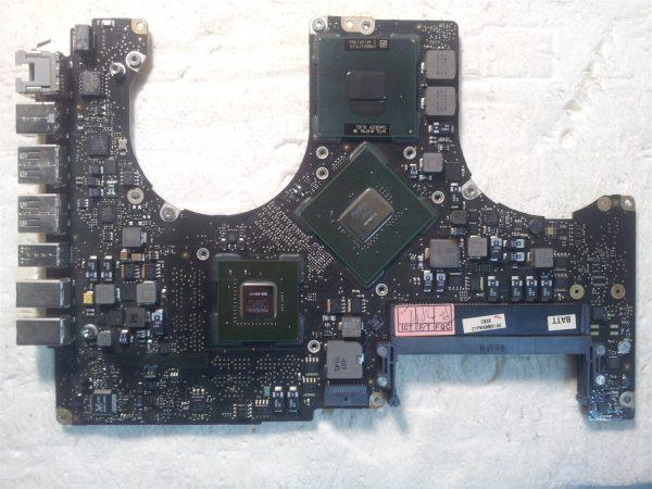 Macbook Pro A1286 820-2532-A Logic Board