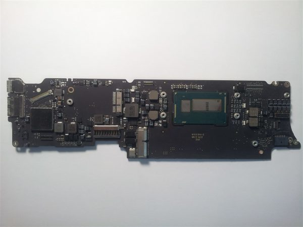MacBook Air A1465 820-3435-B Logic Board