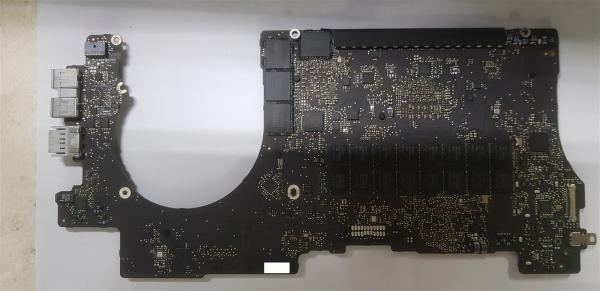 Macbook Pro A1398 820-3332-A Logic Board