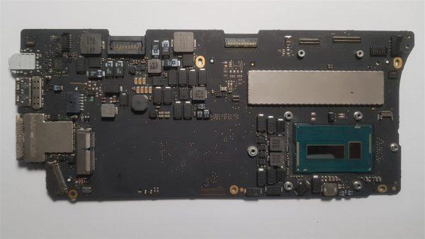 MacBook A1502 820-4924-A Logic Board
